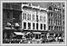 Défilé de jour de travail sur le coin de la rue Main et de l'avenue Portage 1914 01-030 Parades Archives of Manitoba
